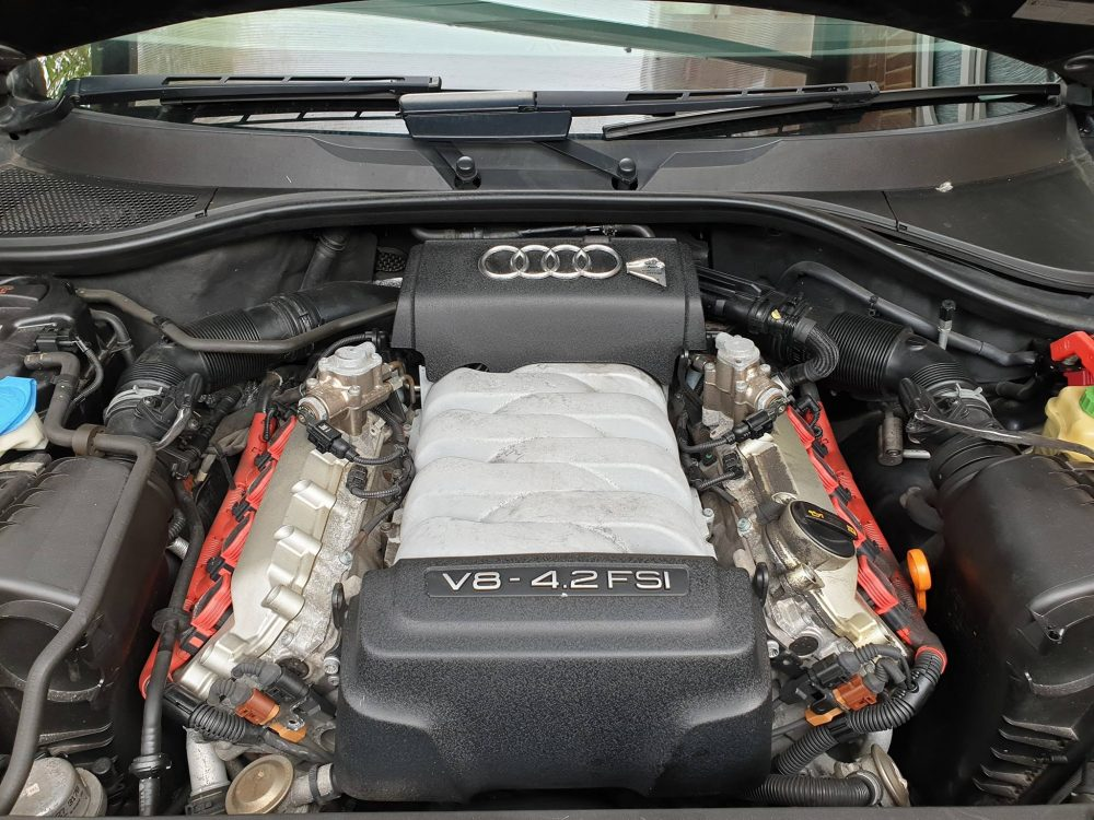 You are currently viewing Audi Q7 and a 4.2 V8 Petrol remapped.